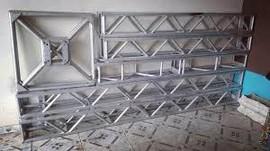 estrutura de alumínio
